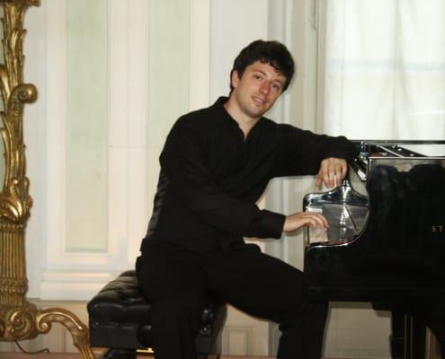 Pianisten buchen. In Lübeck Daniel Fritzen!