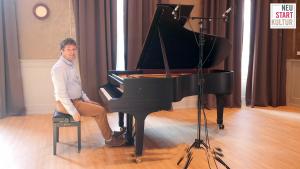 Daniel Fritzen bei der Klaviermatinée in Haus Eden zu Lübeck